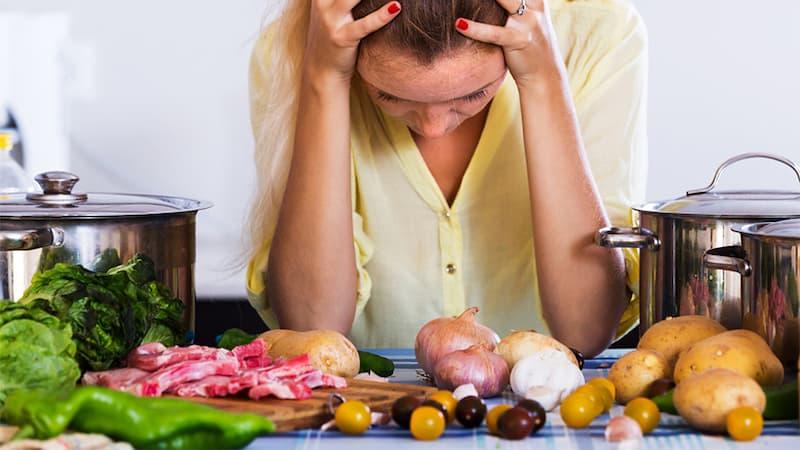 Питание при головных болях - один из контролируемых внешних факторов